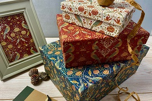 VIDEO - Christmas Wrap and Bags